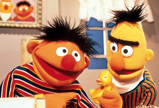 Bert_and_Ernie__Sesame_Street_Wallpaper__yvt2